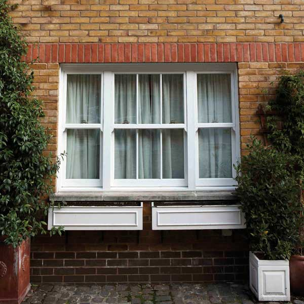 Box sash window in uPVC